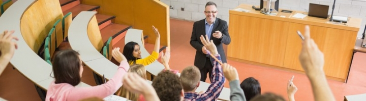 5 Manfaat yang Hanya Dirasakan Oleh Kamu yang Aktif Bertanya Di Kelas
