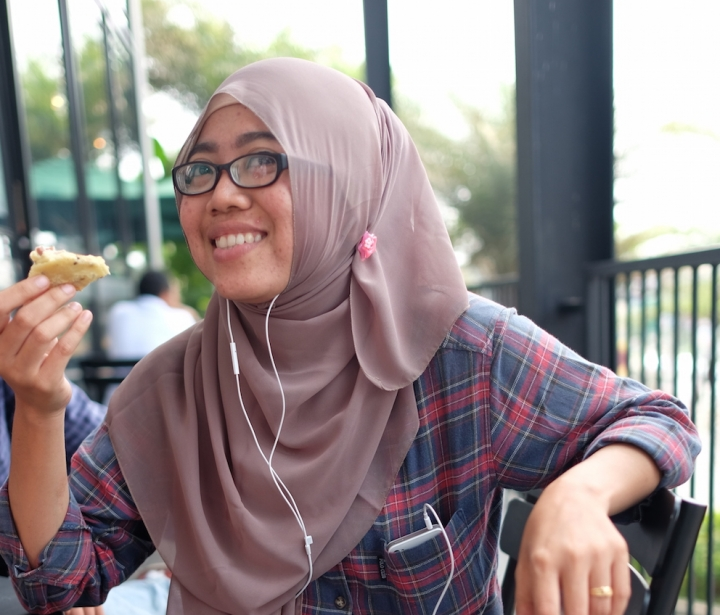 Izna Iskandar Hari Guru
