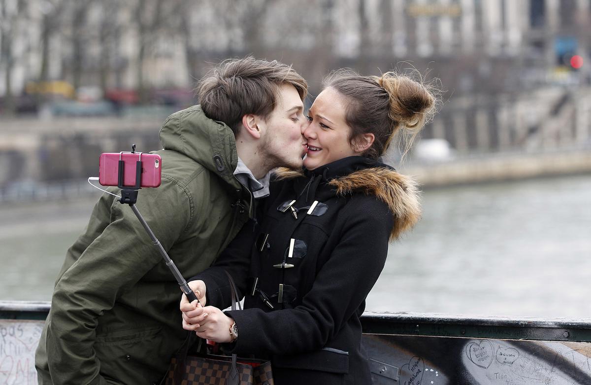 14 Macam Ciuman Sebuah Koleksi Hasil Fotografi